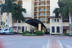 holiday-inn-club-vacations-marco-island-1